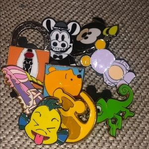 Mystery Pins 4/$15
